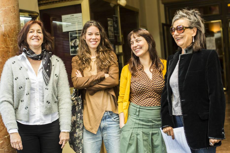 Palabras con mujeres valencianas en escena